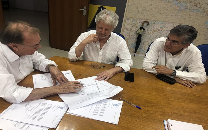 DER confirma investimentos em estradas vicinais de Suzano
