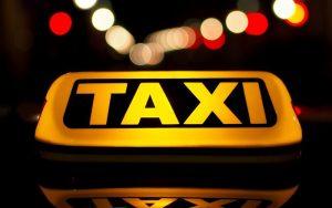Isenção de ISS para cooperativas de táxi é aprovada na CAE e vai a Plenário