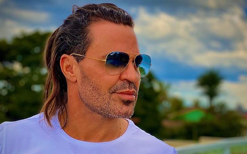 Eduardo Costa nega que doará R$ 2,5 milhões para o SUS