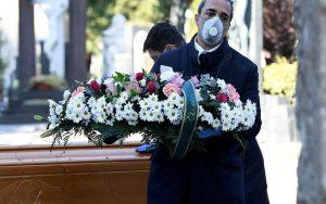 Corpos de mortos por doenças respiratórias são maioria nas funerárias