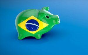Veja políticos brasileiros que cortaram próprios salários na pandemia