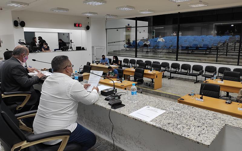 Depois de três meses, público pode voltar a acompanhar sessão da Câmara de Suzano