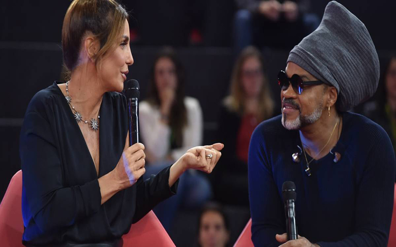 "Ivete Sangalo deixa ""The Voice Brasil"", Carlinhos Brown volta"