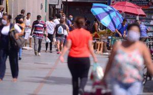 SP: Regiões na fase laranja poderão abrir comércio por 4 dias e horário reduzido