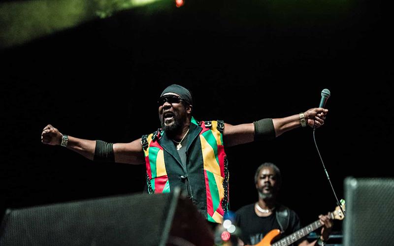 Morre Toots Hibbert; lenda do reggae tinha 77 anos