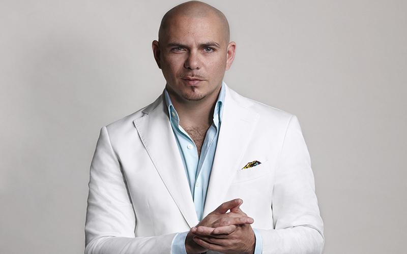 Pitbull fala sobre show de Réveillon com Anitta