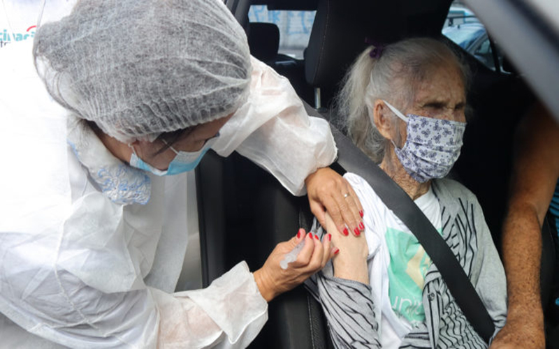 SP vacinará contra covid-19 idosos de 67 anos a partir de 14 de abril