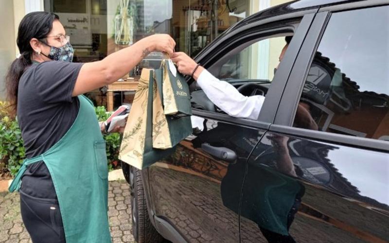 Comerciantes apelam por flexibilizações para funcionar