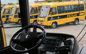 Prefeitura de Suzano orienta motoristas escolares sobre mudanças no código de trânsito