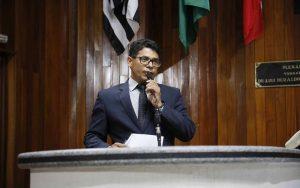 Câmara aprova multa para quem fraudar a imunização
